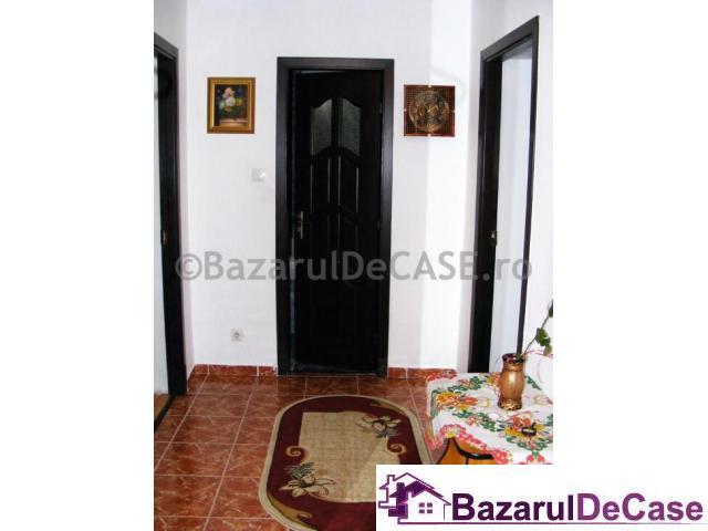 De vanzare Casa/Vila 8 camere in Ilfov Voluntari Strada Maxim Gorki - 4/12