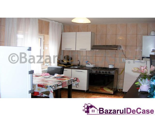 De vanzare Casa/Vila 8 camere in Ilfov Voluntari Strada Maxim Gorki - 5/12