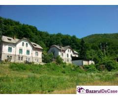 Casa tip vila direct de la proprietar pret 7000 euro...