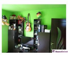 Proprietar vand apartament 2 camere pret 5.200 euro URGENT!!