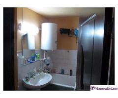 Proprietar vand apartament 2 camere Lupeni Hunedoara