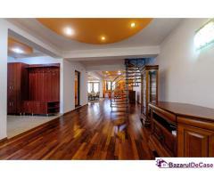 Casă cu 3 dormitoare în Aradul Nou
