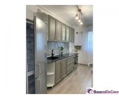 Apartament 3 camere 82 mp, Parcare, zona semicentral - Imagine 9/9