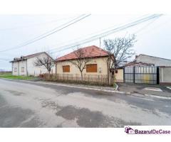 Casă cu 5 camere în Grădiște. strada Romaniței.