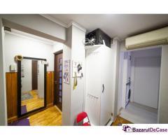Apartament cu 3 camere, amenajat, Vlaicu, Lebăda