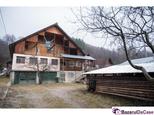 casa vila Arges munte pensiune zona turistica proprietar - 1/3
