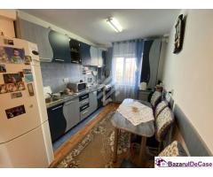 Apartament spatios, 3 camere decomandate, zona Aurel Vlaicu !