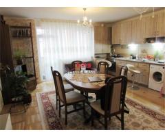 PF vind apartament cu 3 camere, 67 m2 utili , 93 m2 suprafata totala, et.1