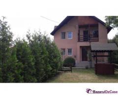 Vând vilă în Județul Prahova, Comuna Mănești