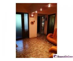 Apartament 4 camere de vanzare Odobesti Vrancea
