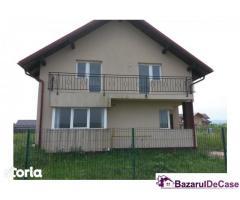 Duplex in Halchiu iesire spre Satul Nou