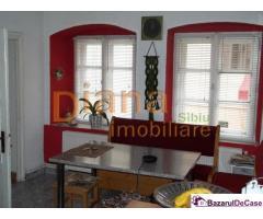 Apartament la casa, 2 camere, pivnita, 9 Mai, Sibiu