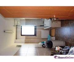 Apartament  NOU, 4 camere , 2 terase, loc de parcare, langa padure