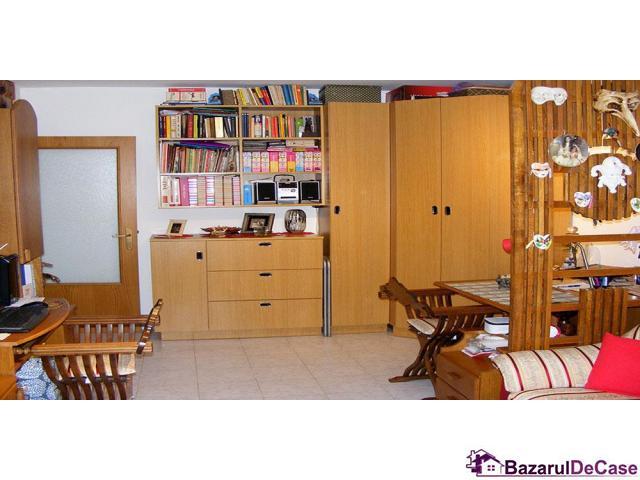 Apartament 2 camere  de vanzare Aviatiei Strada Avionului - 3/12