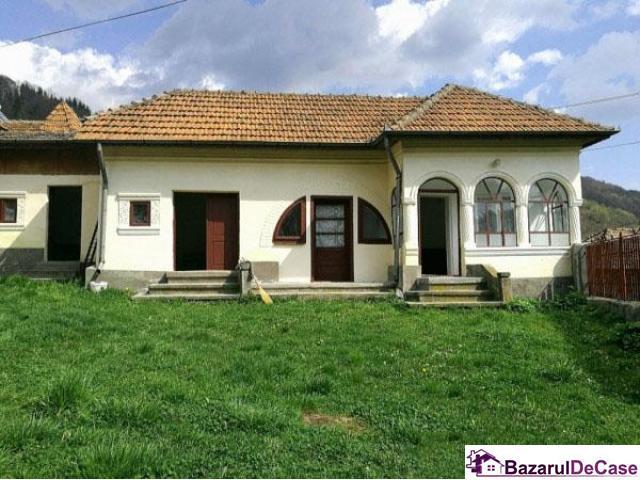 Casa traditionala de vanzare pret 6.500 euro - 1/3