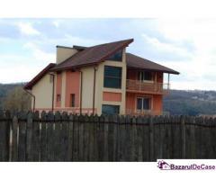 Casa 349 mp si teren 1035 mp si , Bascov, Glimbocu, Arges