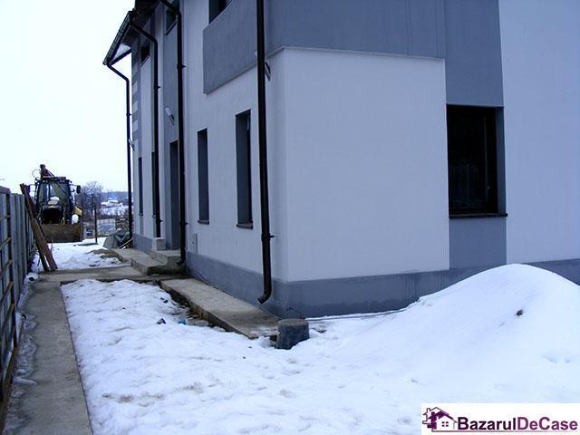 Casă - vilă de vânzare Strada Sarbilor Varteju Magurele Ilfov - 3/12