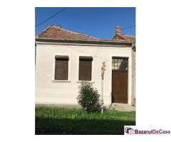 Casă renovată cu grădină în Alba Iulia ultracentral,  proprietar - Imagine 1/7