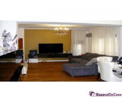 Apartament 4 camere penthouse Strada Toamnei Bucuresti