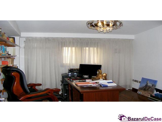 Apartament 4 camere penthouse Strada Toamnei Bucuresti - 8/12