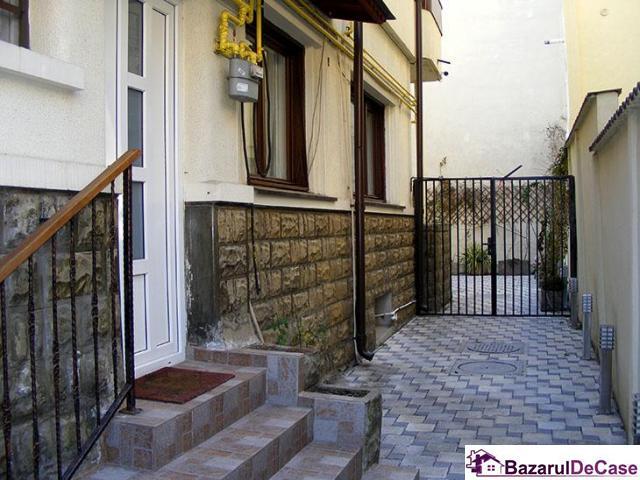 Apartament 4 camere penthouse Strada Toamnei Bucuresti - 12/12