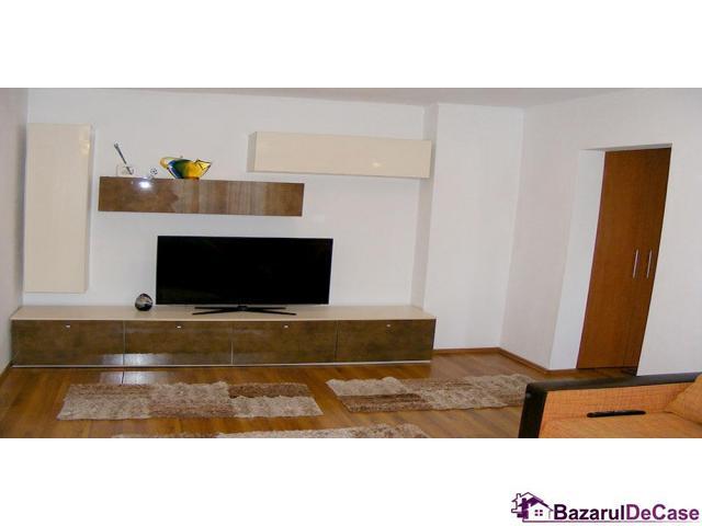 Apartament 3 camere de vanzare Strada Iancu Jianu Rahova - 2/10