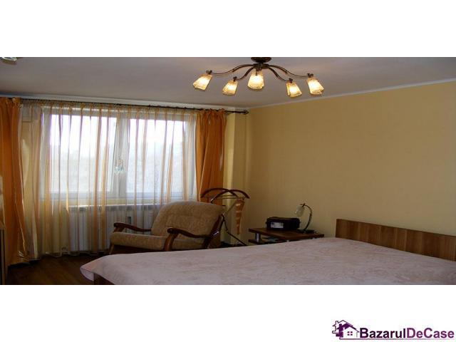 Apartament 3 camere de vanzare Strada Iancu Jianu Rahova - 3/10