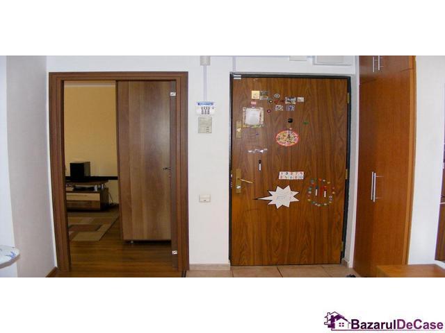 Apartament 3 camere de vanzare Strada Iancu Jianu Rahova - 9/10