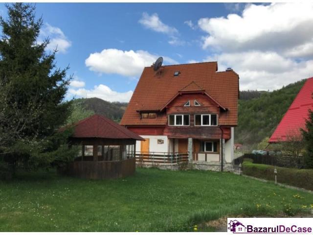 Casa si teren 1,500 mp, Moieciu de Jos, Brasov - 1/1