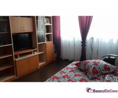 Inchiriez apartament  in Saturn