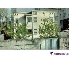 Vanzare apartament 5 camere