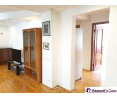 Apartament 4 camere, et. 2/4, hol H, dec, 100 mp, Mall Vitan