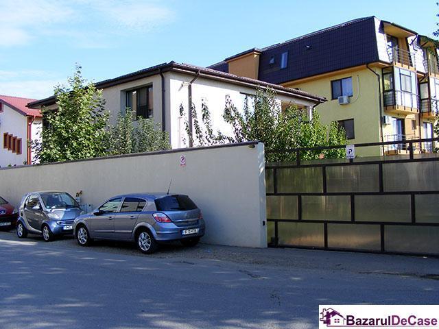Casa - vila de vanzare Prelungirea Ghencea Strada Toamnei - 2/12