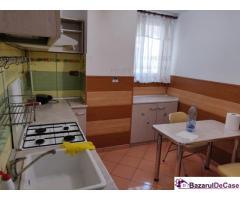Apartament cu 3 camere de închiriat în zona Lujerului